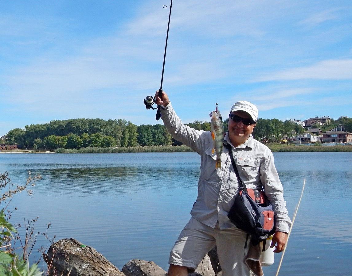 рыбалка с силиконовыми приманками фанатик
